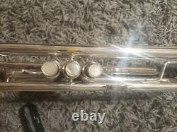 Bach Stradivarius Trumpet 37 Silver Professional SN 572434 Used