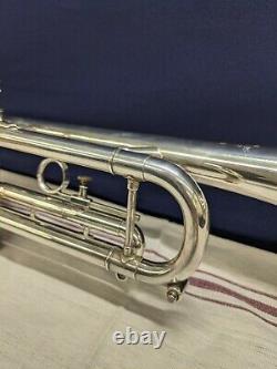 Getzen Eterna Severinsen Model Trumpet 1976-1979 Silver Mutes Mouth Piece Case