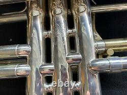 King Silver Flair Trumpet #448841 Overhauled. Gold trim