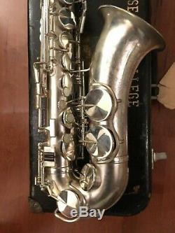 King Zephyr 1940 Satin Silver USA Engraved Alto Saxophone