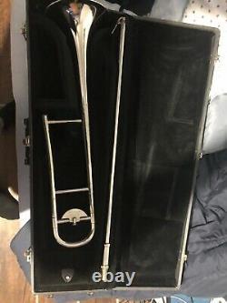Olds studio pro trombone, silver