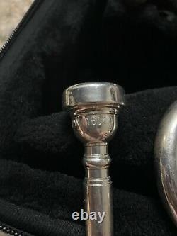Signed by Wayne Bergeron Silver Yamaha Xeno YTR-8335R Professional Trumpet