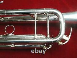 Very Nice Yamaha Xeno YTR-8335 Silver Plated Trumpet with Yamaha Case and MPC