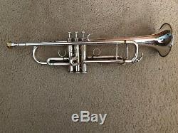 Yahama Xeno Silver Professional Grade Trumpet with original velvet-lined case
