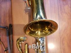 (400 Buescher Saxophone Ténor) Very Nice! 1695 $