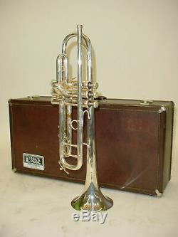 Bach Modèle 37 Stradivarius Bb Trompette Avec 1ère Vanne Glissière Trigger Case & Mp