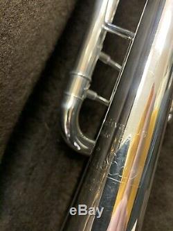 Bach Stradivarius 37 ML Trompette Cor Professionnel Avec Accents Gold. Excellent