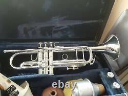 Bach Stradivarius Modèle 43 Silver Bb Trompette Avec Extras. Juste Desservi