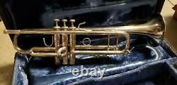 Bach Stradivarius Modèle 43 Trompette Bb Argentée Avec Extras