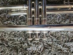 Bach Stradivarius Trumpet 37 Silver Professional Sn 572434 Utilisé