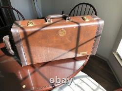 Bach Stradivarius Trumpet Model 37 Silver Plated Serial #466345 Avec Case