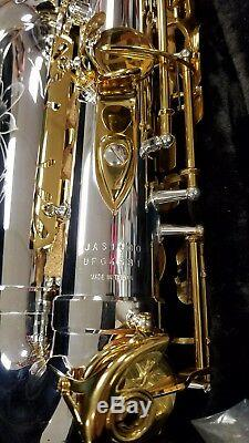 Brand New Jupiter Jas1100sg (argent / Or) Saxophone Alto Outfit + $ 200 Roseaux