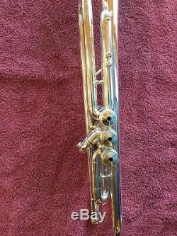 C. G. Conn Connstellation 52b Professional Trompette