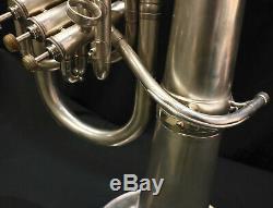 C. G Conn Connstellation Argent 4 Soupapes Euphonium Professionnel Grand Lecteur