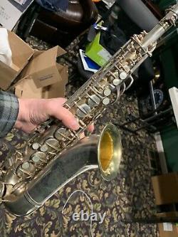 Conn Mezzo Saxophone Silver Plaqué Avec Cou Et Pièces De Cas Originales