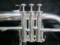 Excellente Yamaha Yfh-731 Argent Bugle, Profession Modèle, Pourquoi Acheter Nouveau