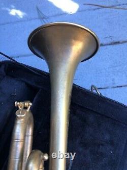 Frank Holton Modèle Llewellyn Trompette Finition Plaquée Or