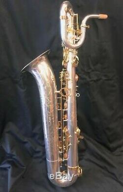 Gravure Extensive De Saxophone Baryton Sur Les Expéditions Instock-usa Silver / Gold De Bell