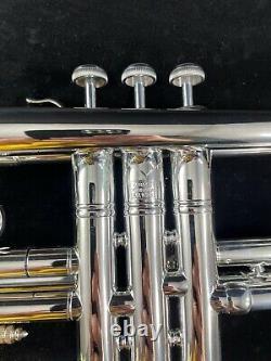 Mt Vernon Bach Stradivarius Trompette Magnifique. Ny, New York Avec L'affaire Originale