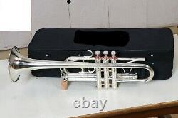 Professional Trumpet C Silver Plaqué Expert's Choice With Hard Case & Mouthpiece (en Français)