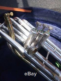 Roi Occasion Argent Sousaphone