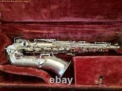 Roi (modèle H. N. White) Alto Saxophone Vers 1924