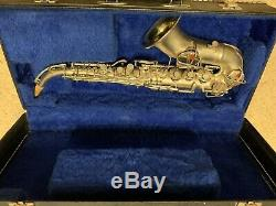 Saxophone Soprano Courbe En Argent Plaqué Vintage C. G. Conn New Wonder