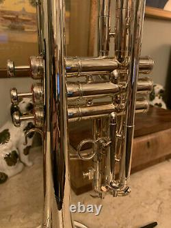 Silver Plaqué Los Angeles Enregistrement Cornet Avecgold Wash Bell