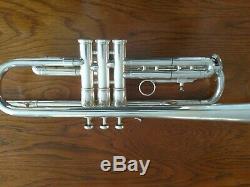 Super Trompette Olds Plaquée Argent Avec Étui De Luxe / Un Excellent Joueur