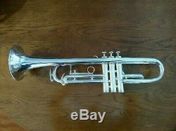 Très Belle Trompette Professionnelle Eastlake King Silver Flair 1055 Avec Étui