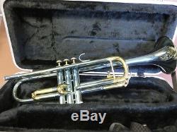 Trompette Bach USA En Laiton, Corps Argenté Frais Et Garniture Laquée Or