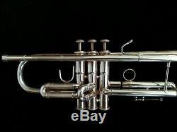 Trompette Professionnelle Kanstul 1537 En Métal Argenté Avec Housse Rembourrée