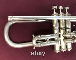 Trumpet De Modèle De Liberte Vintage Ring Des Années 1930! Pas De Réserve! Veuillez Lire