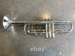 Vincent Bach Corp. Stradivarius Mt. Vernon Silver Bb Trompette (1957)