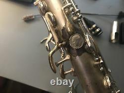 Vintage 1925-26 Conn Nouvelle Merveille Saxophone Alto Avec Équipement