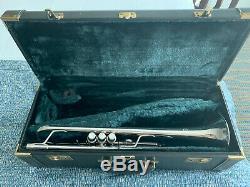 Yamaha Argent Bobby Shew Bb Trompette Avec Double Case